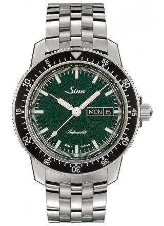 Sinn 104 St Sa I MG with fine link bracelet