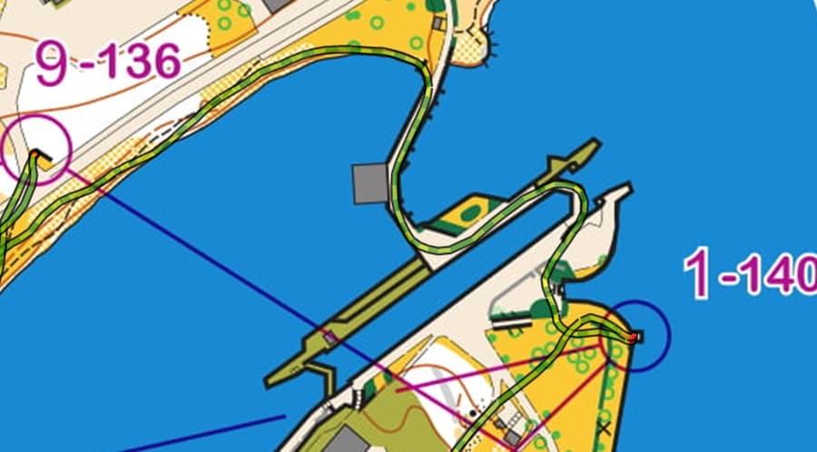 Vantage V GPS vertailu